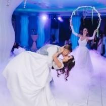 Свадебные танцы в Кишинёве.Уроки танцев для молодожСвадебные танцы /танец молодожёнов/. Первый танец в Кишинёве-обучение.ёнов в Молдове.